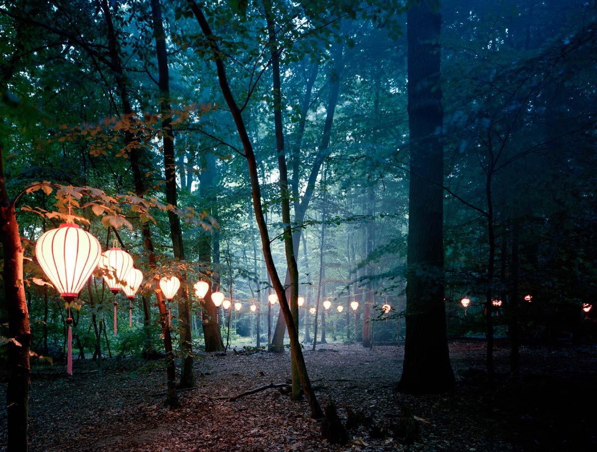 Ex Caelo Lux: Twenty-One Chinese Lanterns